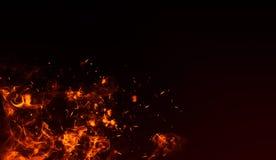 Effet de feu d'isolement réaliste pour la décoration et la bâche sur le fond noir Concept des particules, des étincelles, de la f illustration libre de droits