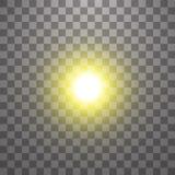 Effetto della luce di incandescenza Starburst con le scintille su fondo trasparente Illustrazione di vettore Sun illustrazione vettoriale