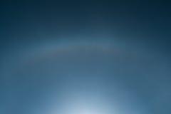 Effetto di alone di Sun su cielo blu Immagini Stock Libere da Diritti