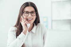 Efficient secretary on the phone Royalty Free Stock Photography