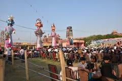 Effigies énormes du Roi Ravana, son fils Megnath et frère Kumbhkarana (voyous de Ramayana épique mythologique indou) Photo stock