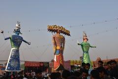 Effigies énormes du Roi Ravana, son fils Megnath et frère Kumbhkarana (voyous de Ramayana épique mythologique indou) Images stock