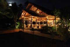 Efter solnedg?ng Seychellerna, Indiska oceanen royaltyfri bild