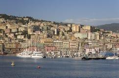 Eftermiddaghamnsikt av Genoa Harbor, Genua, Italien, Europa Royaltyfri Foto
