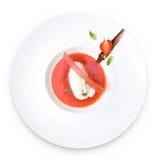 efterrätt isolerad jordgubbe Fotografering för Bildbyråer