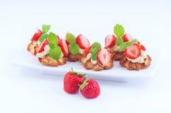 Efterrätt med jordgubben Royaltyfri Fotografi