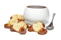 Efterrätt och kopp av kaffe Arkivfoto
