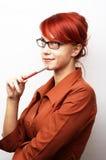 eftertänksam kvinna för affär Arkivfoto