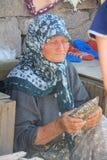 Egeïsch gebied - Assos-het Kasteel, Behramkale-de straten, de verkopers en de gift winkelen Stock Foto's