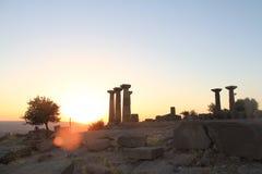 Egeïsch gebied - Assos-Kasteel, zonsondergang bij Tempel van Athena, Stock Afbeeldingen