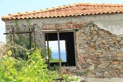 Egeïsch gebied - Tenedos-eiland, kunst, bij de winkels, huizen stock afbeelding