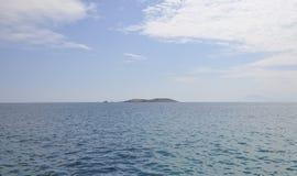 Egeïsch Overzees landschap dichtbij Thassos-eiland in Griekenland royalty-vrije stock afbeelding