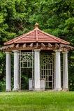 Egentligen gammal strukturGazebo på den Longview lantgårdherrgården arkivfoto