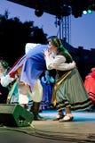 EGER - 18 AUGUSTUS: Traditionele poetsmiddelvolksdans. Royalty-vrije Stock Afbeeldingen