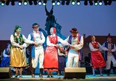 EGER - SIERPIEŃ 18: Tradycyjny polerujący ludowy taniec. Obrazy Stock