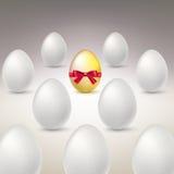 egg золотистое Разница, изображение концепции уникальности Стоковое Изображение