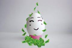 Egg el concepto solo de la cara alegre de sonrisa linda Imagen de archivo libre de regalías