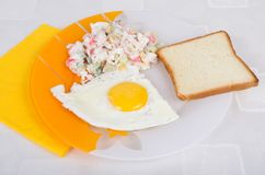 EGG, SALAT  AND TOAST Royalty Free Stock Photos