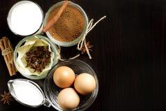 Eggnog на деревянном столе Стоковые Изображения RF