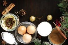 Eggnog на деревянном столе Стоковая Фотография RF