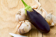 Eggplant and garlic Royalty Free Stock Photos