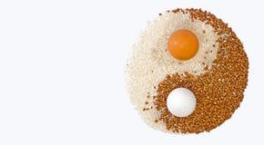Eggs el yin yang imágenes de archivo libres de regalías