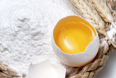 Eggs and flour Royalty Free Stock Images