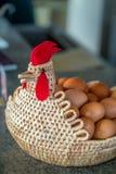 Eggs la merce nel carrello Immagine Stock