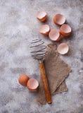 Eggshell и старый год сбора винограда юркнут Стоковые Изображения