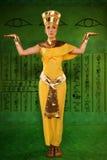 Egipska kobieta w kostiumu Pharaoh Zdjęcie Royalty Free