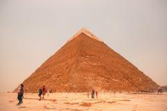 Egipt, Kair; Sierpień 19, 2014 - Egipscy ostrosłupy w Kair Obraz Stock