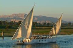Egipto, Nile Valley, barco de cruceros en el Nilo Fotografía de archivo libre de regalías