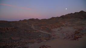 Egito um por do sol do deserto na garganta colorida filme