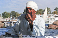 Egiziano Nubian su un Felucca immagine stock libera da diritti