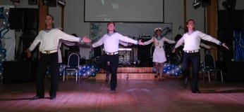 Żeglarza taniec bullseye wykonujący tancerzami, aktorzy ansambl St Petersburg twierdzi halę koncertową Obrazy Stock