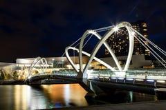 Żeglarzi Przerzucają most w Melbourne zdjęcia royalty free