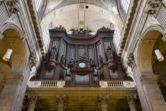 Eglise helgon Sulpice, Paris, Frankrike Arkivfoton