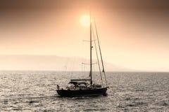 Żeglowanie łódź obrazy stock