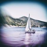Żeglowanie łódź na morzu egejskim blisko Nisyros wyspy Fotografia Royalty Free