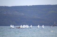 Żeglowanie łodzi rasa Zdjęcia Royalty Free