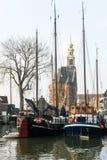 Żeglowanie łodzie w historycznym morskim schronieniu Hoorn, holandie Fotografia Stock