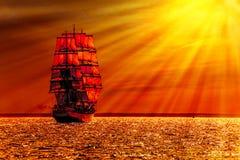 Żeglowanie statek na morzu Obrazy Royalty Free
