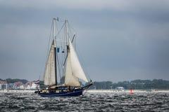 Żeglowanie statki na morzu bałtyckim w Warnemuende Zdjęcie Stock