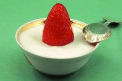 egurte truskawki Fotografia Stock