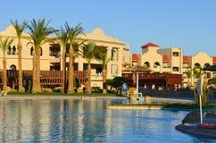 egypt el sharmsheikh Sikten av det lyxiga hotellet Tirana royaltyfri bild