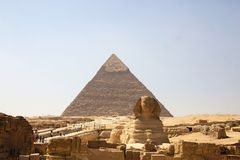 Egypt - Giza. Pyramid of  khafre and sphinx Royalty Free Stock Images