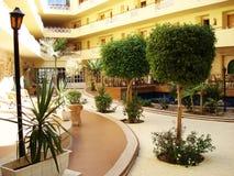 Egypte, Hurghada; 20 augustus, 2014; Sultanarozijn-Strandhotel binnen het hotel Palma stock foto