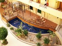 Egypte, Hurghada; 20 augustus, 2014; Sultanarozijn-Strandhotel binnen het hotel Palma royalty-vrije stock foto