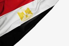 Egypten flagga av tyg med copyspace för din text på vit bakgrund royaltyfri illustrationer
