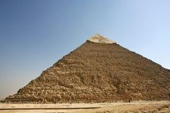Egypten. Kairo - Giza. Allmän sikt av pyramider från Gizaen Royaltyfria Bilder
